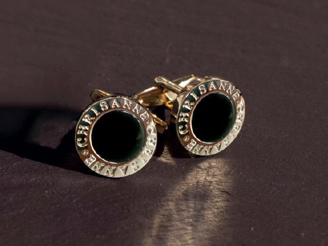CHRISANNE CUFFLINK GOLD WITH ONYX