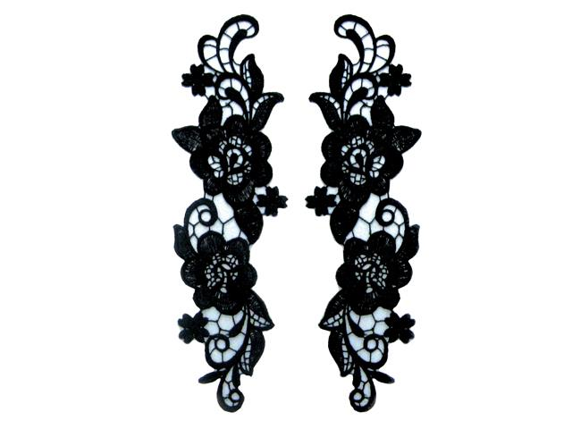 ANTIQUE MOTIF PAIR BLACK