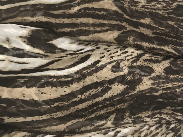 COUGAR PRINT SILK CHIFFON BROWN ON CREAM