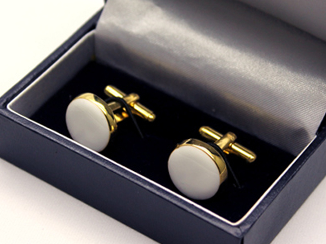 ROUND CUFFLINKS GOLD WHITE