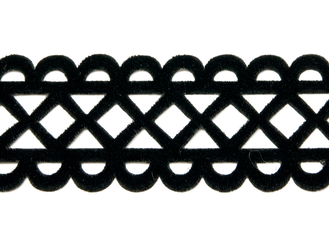 RHOMBUS VELVET RIBBON-IRON ON BLACK